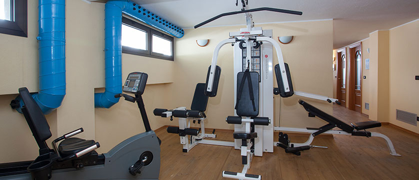 Italy_Cervinia_breuil_hotel_gym.jpg